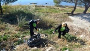 Temiz Bir Çevre İçin Ayvalık Belediyesi Gönüllüler El Ele