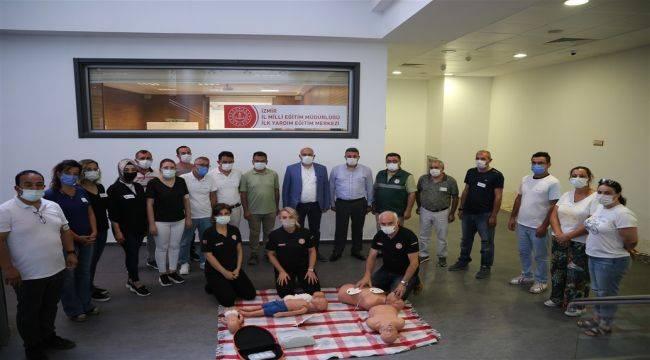 İzmir'de ilk Yardım Eğitimine Yoğun İlgi